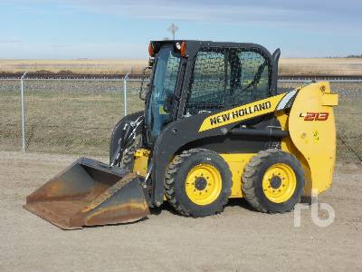 2015 NEW HOLLAND L213-T4B Two-Speed Skid Steer Loader
