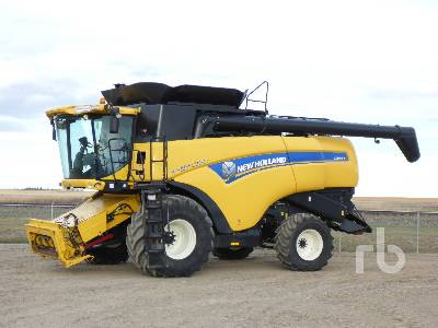 2014 NEW HOLLAND CX8080 Elevation Combine
