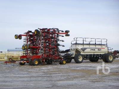 2011 BOURGAULT 3310PHD 75 Ft Air Drill