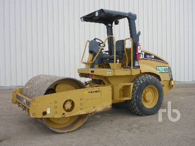 2006 CATERPILLAR CS433E Vibratory Roller