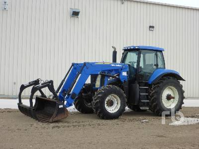 2007 NEW HOLLAND TG215 MFWD Tractor