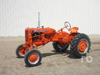 1952 ALLIS-CHALMERS CA 2WD Antique Tractor