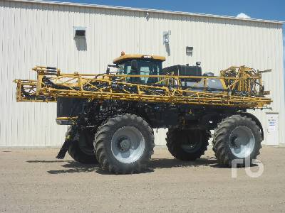 2013 ROGATOR RG1100 120 Ft High Clearance Sprayer