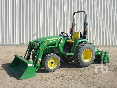 JOHN DEERE 3038E Utility Tractor