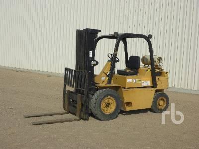 CATERPILLAR V90E 9000 Lb Forklift