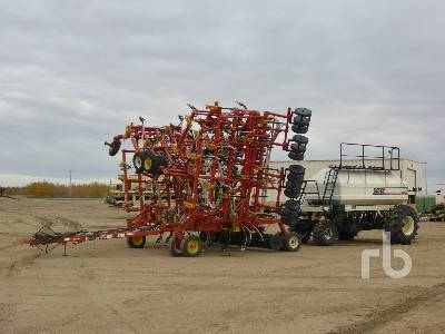 2003 BOURGAULT 5710 Series II 64 Ft Air Drill