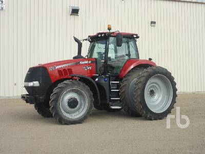 2018 CASE IH MAGNUM 220 MFWD Tractor
