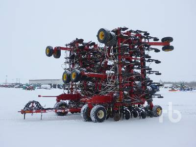 2010 BOURGAULT 3310PHD 75 Ft Air Drill