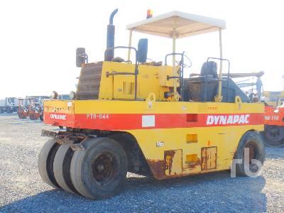 2009 DYNAPAC CP221 7 Wheel Pneumatic Roller