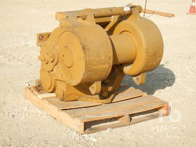 PACCAR PH55 Crawler Tractor Winch