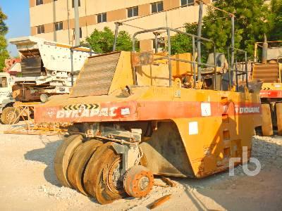 DYNAPAC CP271 9 Wheel Pneumatic Roller