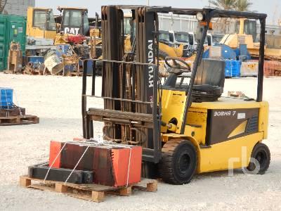 2013 HYUNDAI 30BHA-7 3 Ton Ride On Electric Forklift