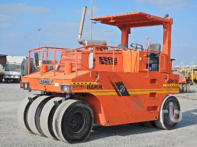 2004 HAMM GRW18 8 Wheel Pneumatic Roller