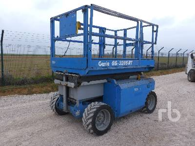 2006 GENIE GS3268RT 4x4 Scissorlift