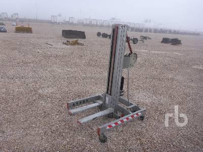 2008 FARAONE HW415 Material Lift