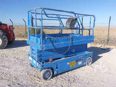 2000 UPRIGHT X26UN 10 M ELECTRIC Scissorlift