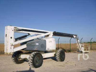 2006 HAULOTTE HA260PX 4x4x4 Articulated Boom Lift