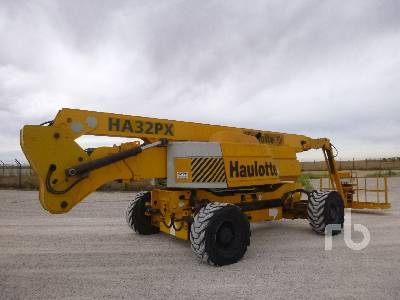 2004 HAULOTTE HA32PX 4x4x4 Articulated Boom Lift