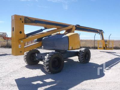 2008 HAULOTTE HA260PX 4x4x4 Articulated Boom Lift