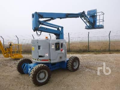 2007 GENIE Z34/22 4x4 Articulated Boom Lift