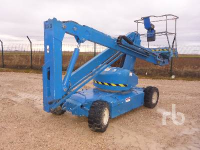 2000 UPRIGHT AB38 Electric Articulated Boom Lift