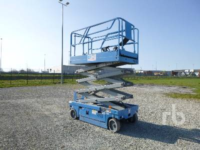 2002 HAULOTTE COMPACT 10 10 m Electric Scissorlift
