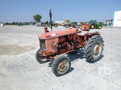 RENAULT R7053 2WD Tractor