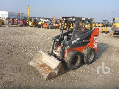 THOMAS T105 Skid Steer Loader