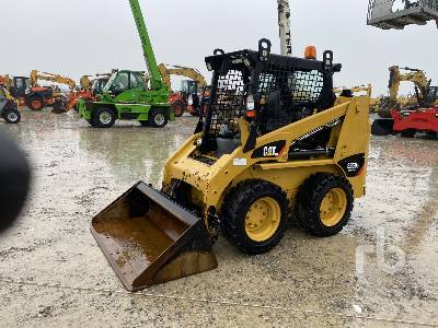 2015 CATERPILLAR 226B3 High Flow Skid Steer Loader