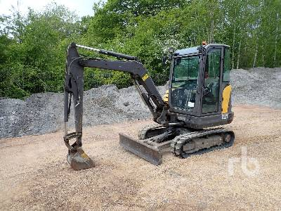 2013 VOLVO EC27C Mini Excavator (1 - 4.9 Tons)