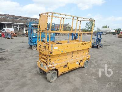 2008 HAULOTTE COMPACT 10N Electric Scissorlift