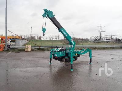 MAEDA MC275C 2.52 Ton Crawler Crane
