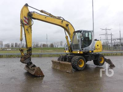 2007 NEW HOLLAND MH CITY Mobile Excavator