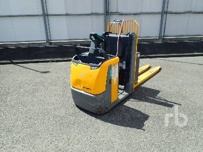2016 JUNGHEINRICH ECE320 Electric Pallet Jack