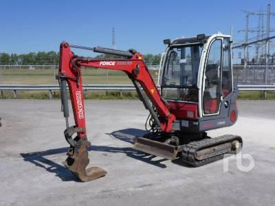 2000 NEUSON 2202RDV Mini Excavator (1 - 4.9 Tons)