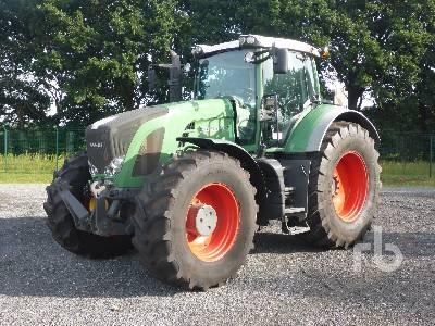 2011 FENDT 927 VARIO PROFI MFWD Tractor