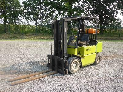 1994 CLARK GPM30 Forklift