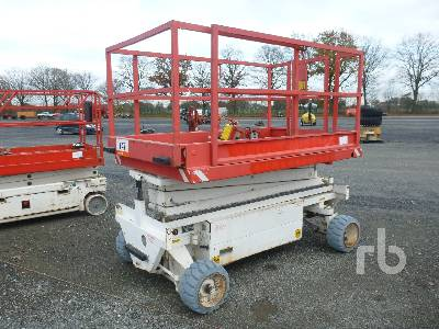 1992 HOLLAND LIFT MONOSTARX83EL12 Scissorlift