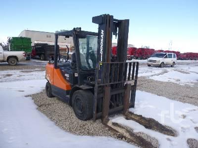 2010 DOOSAN G45S-5 8300 Lb Forklift