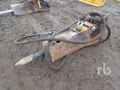 2013 STANLEY MB55601 Front Shovel