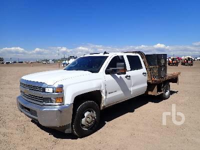 2018 CHEVROLET 3500 Crew Cab 4x4 Flatbed Truck