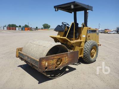 2000 CATERPILLAR CS433C Vibratory Roller