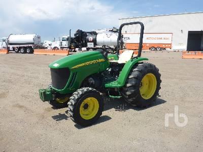 JOHN DEERE 4105 4WD Utility Tractor