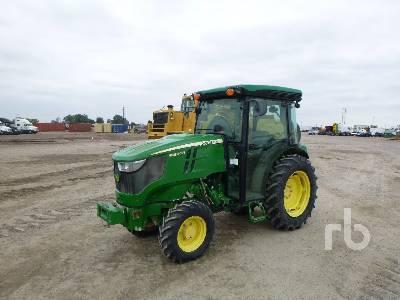 2017 JOHN DEERE 5090GN MFWD Tractor