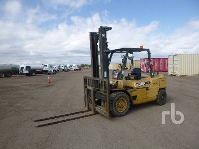 CATERPILLAR 110 Forklift