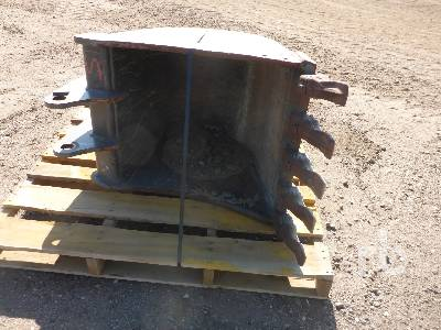 WAIN-ROY FROST 24 In. Excavator Bucket