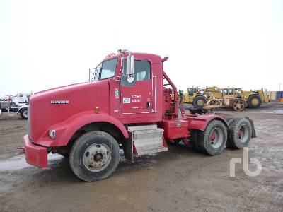 2006 KENWORTH T800B T/A Winch Tractor