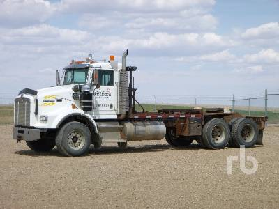 1998 KENWORTH T800B T/A Daycab Winch Tractor