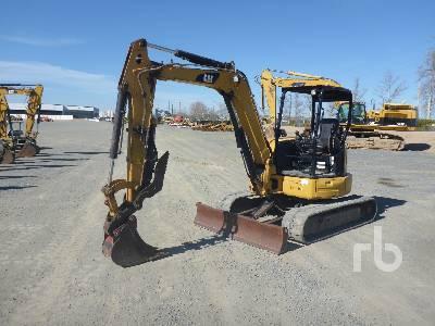 2015 CATERPILLAR 305E2 CR Mini Excavator (1 - 4.9 Tons)