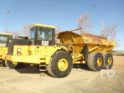 2000 CATERPILLAR D400E Series II 6x6 Articulated Dump Truck
